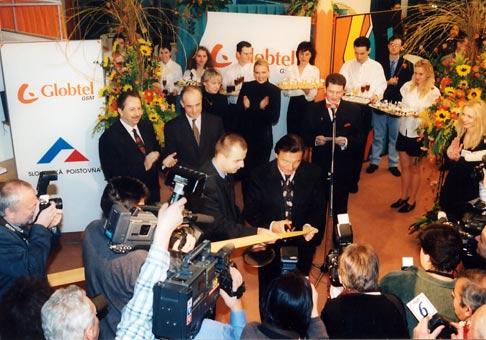 Slávnostné otvorenie výstavy obrazov Karla Gotta.