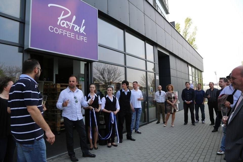 Otvorenie špecializovanej predajne Paták s kávou, kávovarmi a ich servisom. 23. Apríl.2013. Bratislava