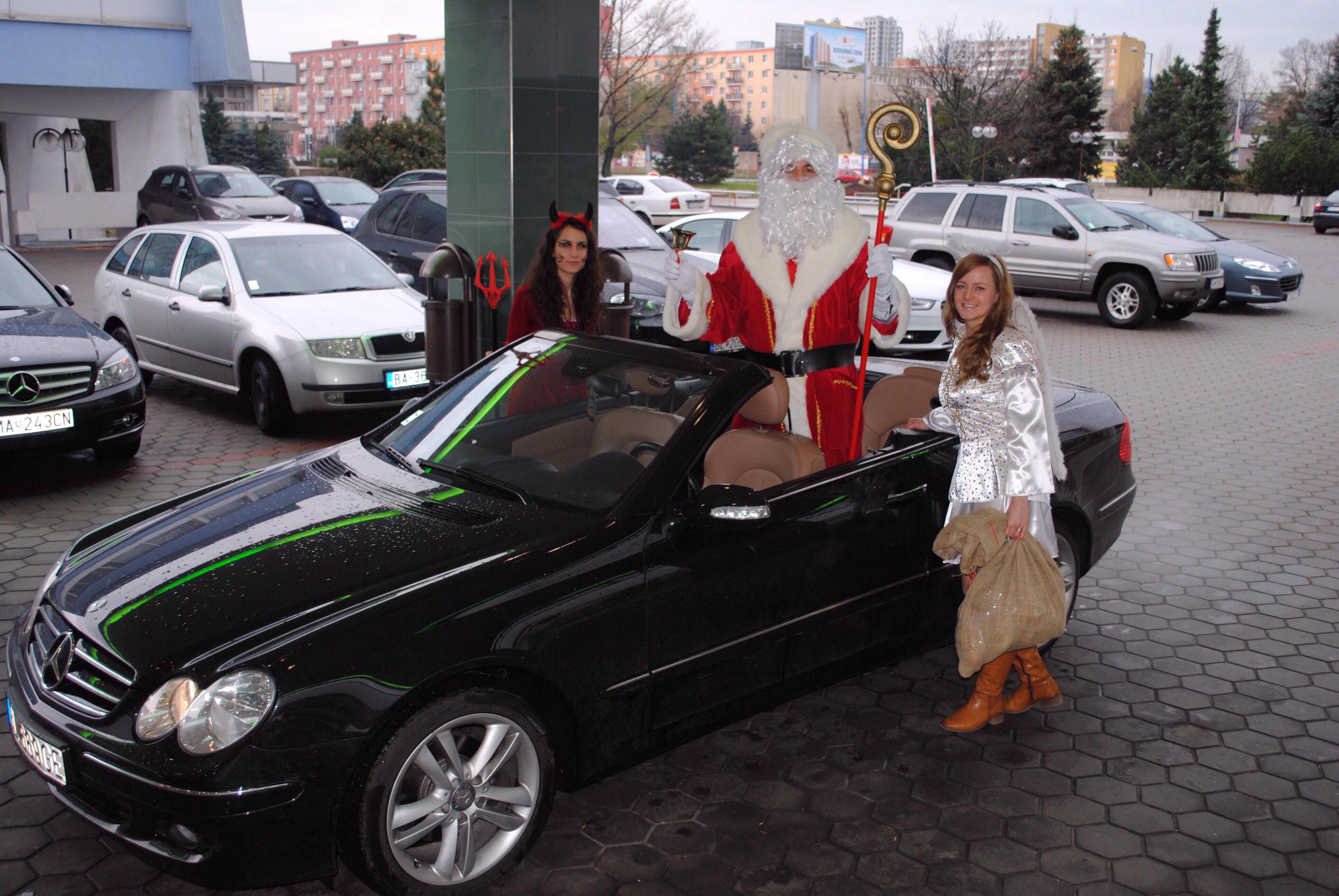 Prvykrat ako Mikulas. Hotel Holiday inn. 8.decembra.2013. Bratislava