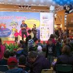 Rozprávkový maratón prilákal do Polusu rozprávkové množstvo malých i veľkých divákov. Bratislava 27.10.2010.