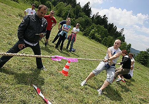 Firemné hry spoločnosti Henkel na Kysuciach. Máj 2008.