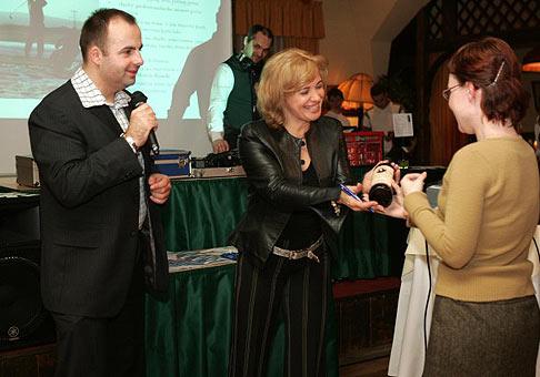 Stretnutie obchodných partnerov hotela Kamila na Čiernej vode pri Bratislave osviežila svojou charizmou aj Kamila Magalová.