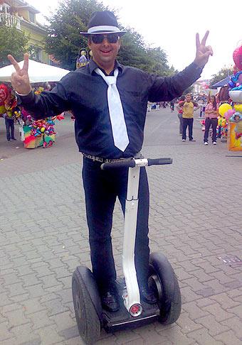 13. ročník seneckého karnevalu. Karnevalu sa zúčastnilo 10 tisíc ľudí a  viac ako 3300 masiek. 26.6.2009 Senec.