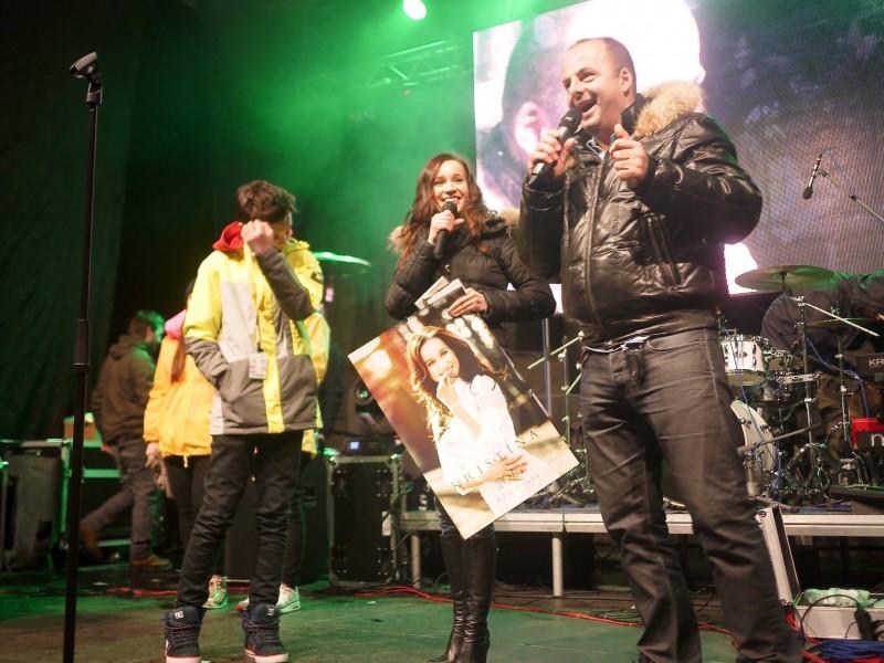 Kalendar a 3 CD Kristina sa na Donovalyfeste vydrazili za 11000 eur. 28.februara.2015. Donovaly.