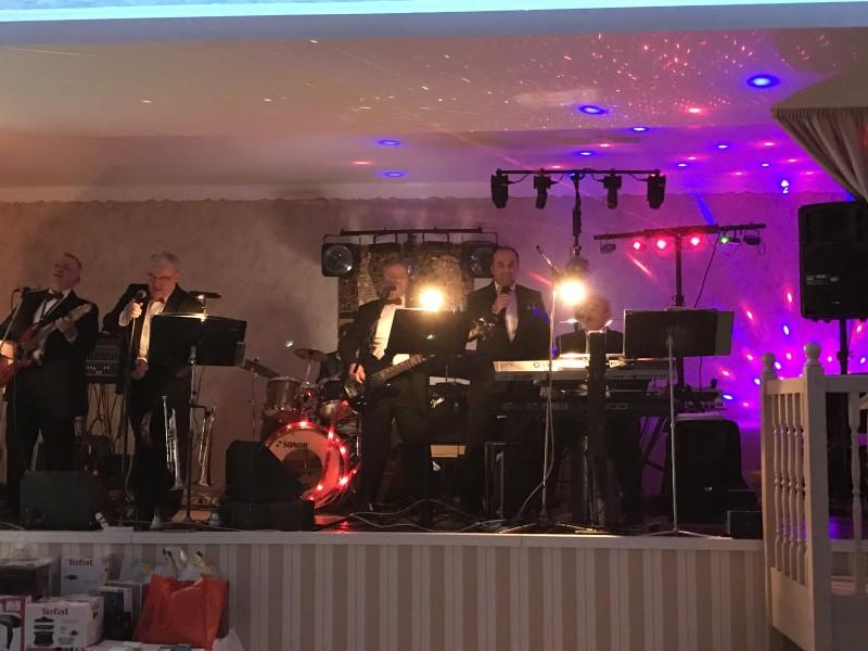 3 reprezentačný ples obce Láb. Láb. 28.januar 2017.