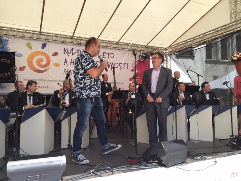 Den Ružinova na Hlavnom namesti v ramci Kulturneho leta a hradnych slavnosti 2016. 18.jun 2016. Bratislava.